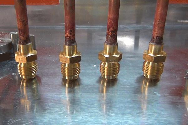 铜管接头钎焊机-4.png